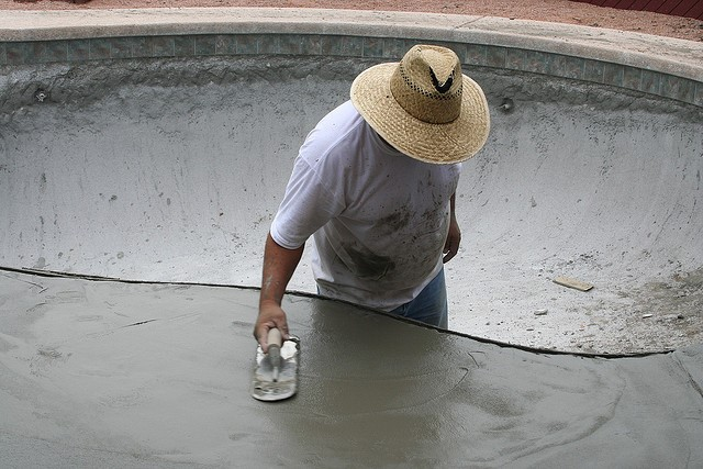 how to pour a concrete pool